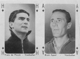 Voetballers op speelkaarten